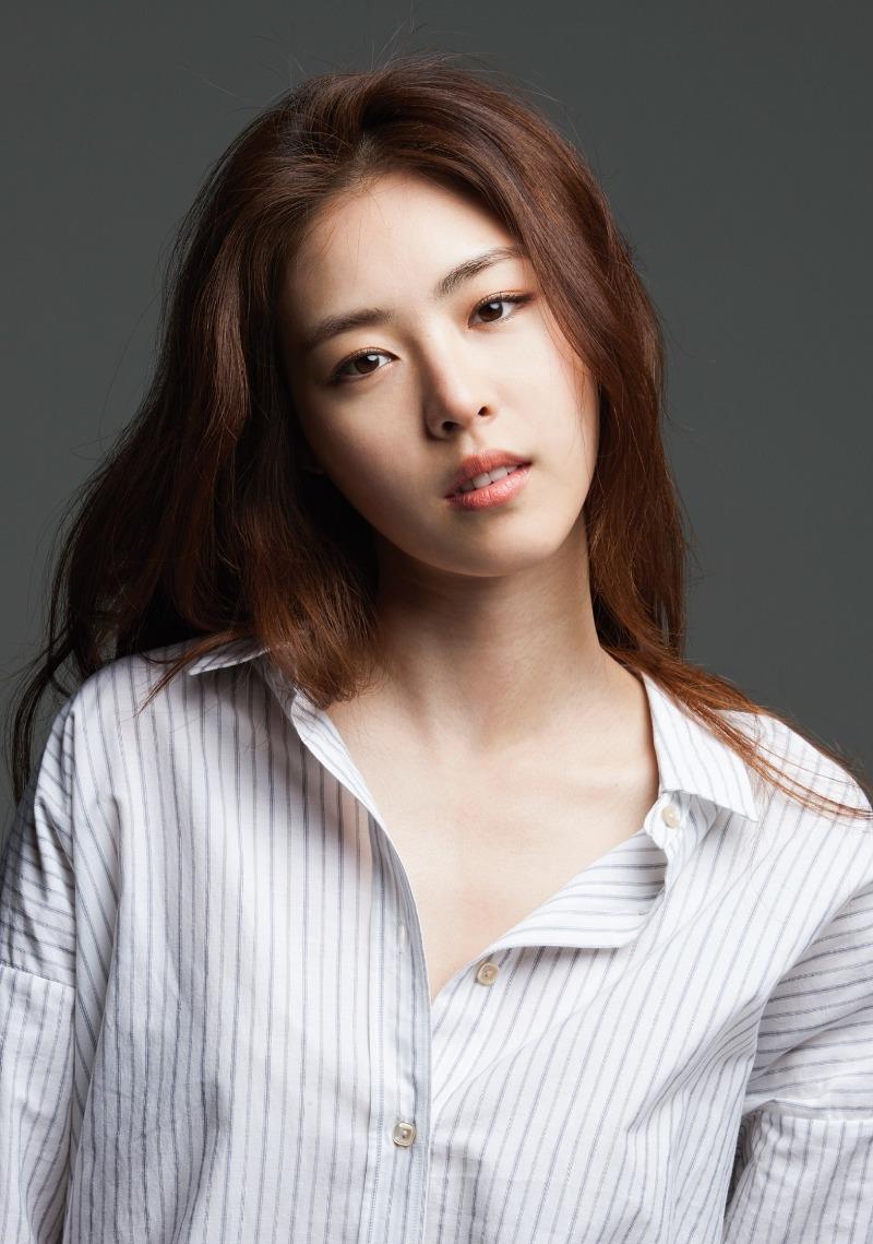 [사진설명] 2019 행복얼라이언스 홍보대사, 배우 이연희.jpg